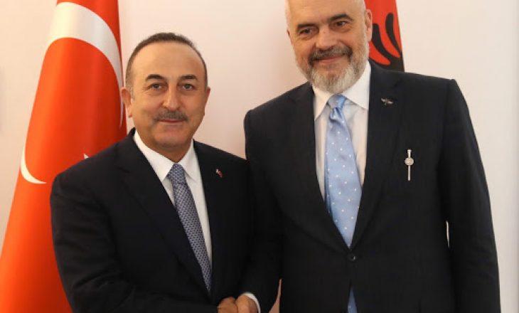 Rama ndërmjetësues mes Turqisë e Greqisë, fton ministrat e dy shteteve në Tiranë