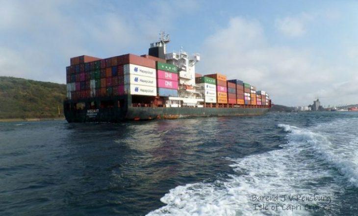 Detarët turq të rrëmbyer nga piratët kthehen në shtëpi