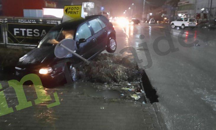 Kandidati i AAK-së për deputet aksidentohet me veturë në Deçan