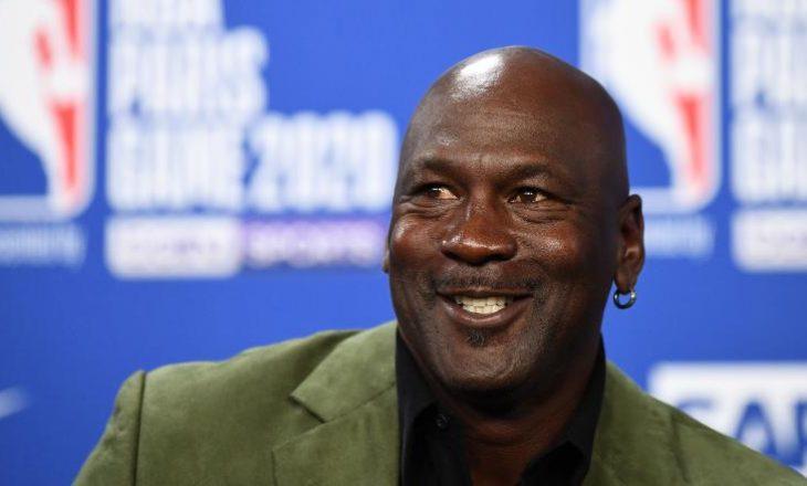 Michael Jordan dhuron miliona dollarë për të ndihmuar qytetin e tij të lindjes
