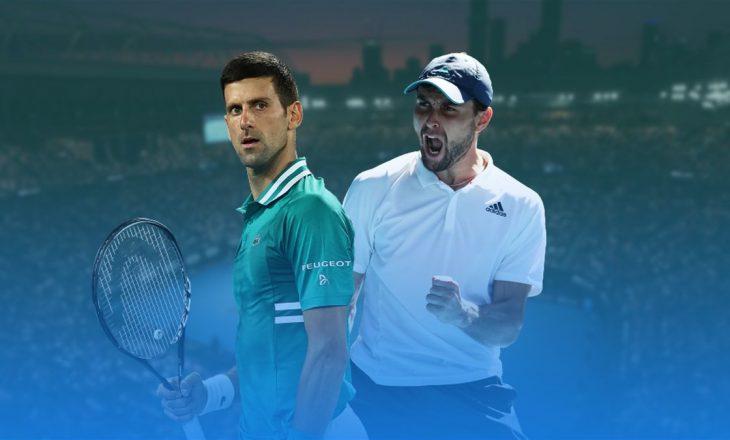 Djokovic mposht tenistin Karatsev për të kaluar në finalen e 'Australian Open'
