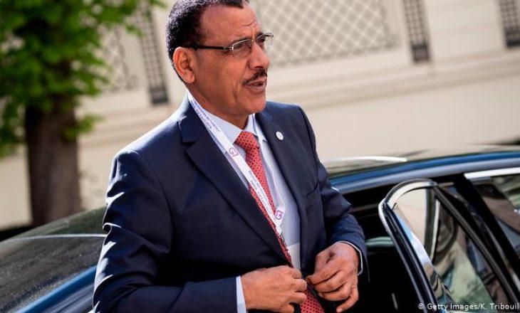 Mohamed Bazoum shpallet president i ri i Nigerit