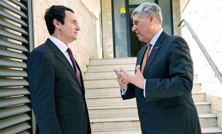 """""""Kosnett i shkoi në zyrë Kurtit pas deklarimeve se nuk do ta respektojë marrëveshjen e Uashingtonit"""""""