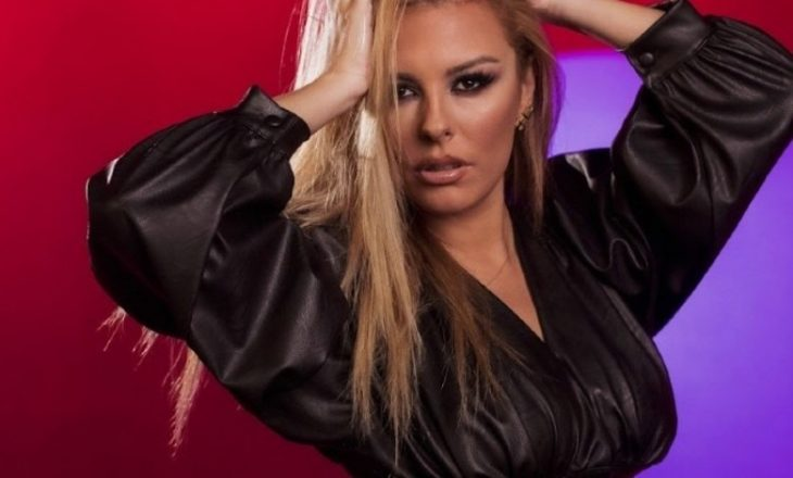 Së shpejti në Eurovision – Anxhela Peristeri nderon kulturën shqiptare para gjithë botës