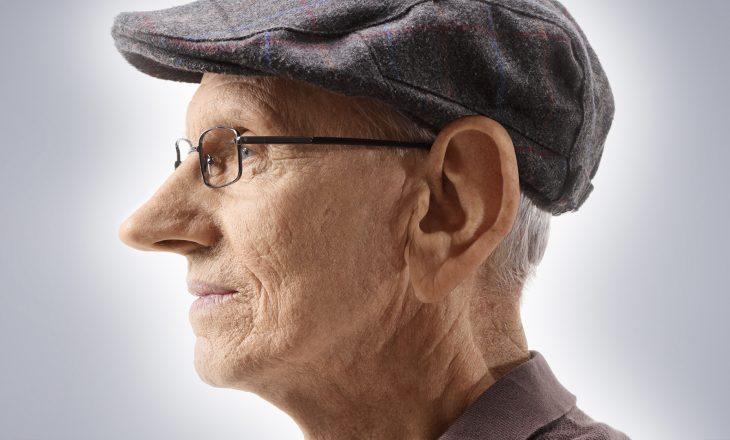 Pse veshët dhe hunda vazhdojnë të rriten me moshën?