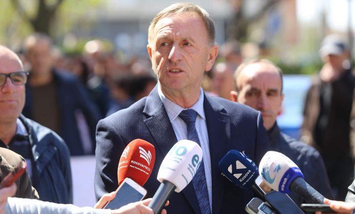 Azemi: Kosova rrezikon të mbetet pa punëtorë, shkak pagat e ulëta