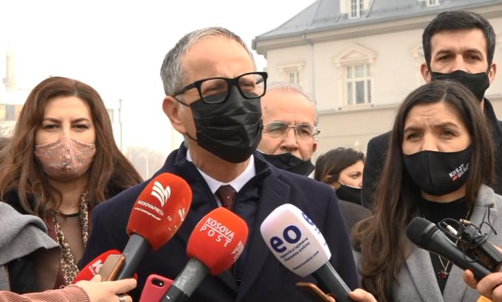Vetëvendosje hap fushatën në Prishtinë