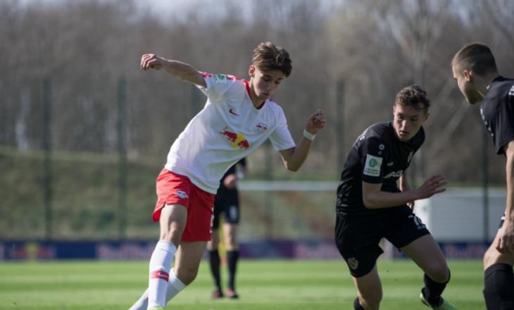 Mehmet Ibrahimi nënshkruan kontratë profesioniste me Leipzig