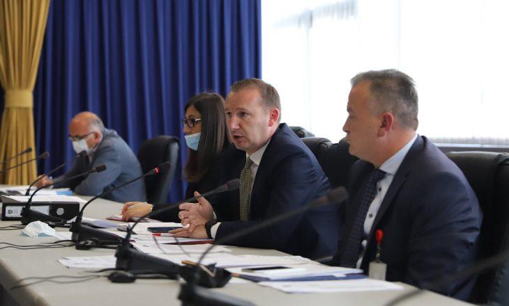 Rritja e rasteve me Coronavirus – Zemaj në takim me komitetin për vlerësimin e situatës