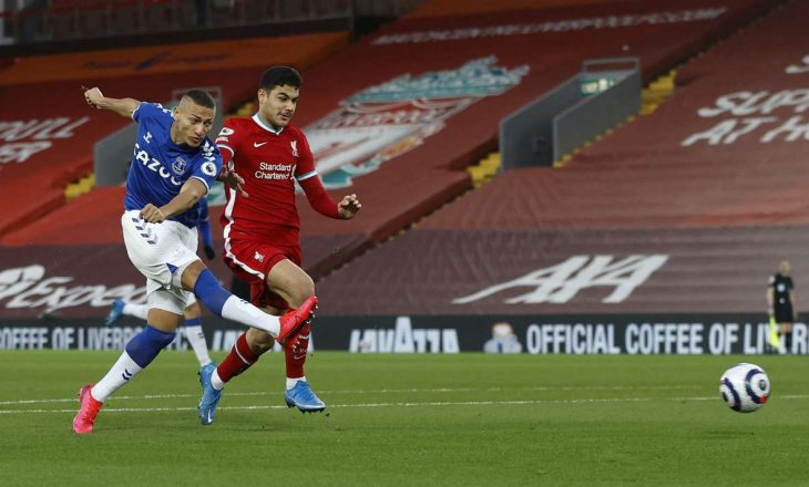 Everton mposht Liverpool-in pas 21 vitesh në 'Anfield'