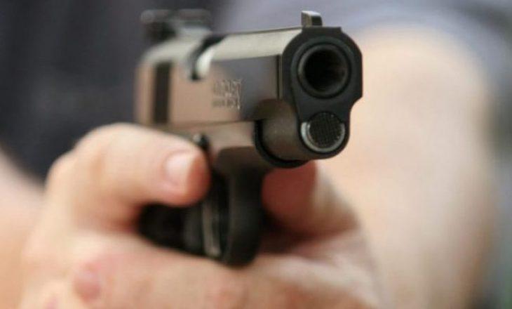 Të shtëna me armë në Prishtinë