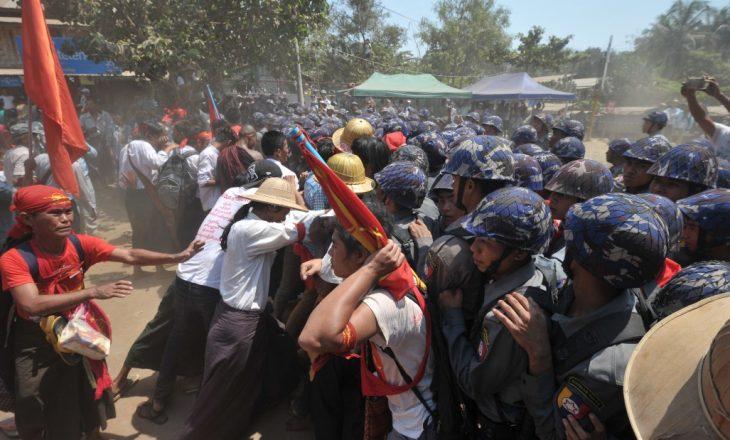 Vriten dy protestues tjerë në kundërshtim të grusht-shtetit në Burma