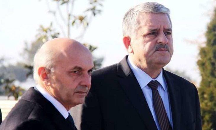 Ish-këshilltari i Hotit kërkon dorëheqjen e Mustafës e Veliut