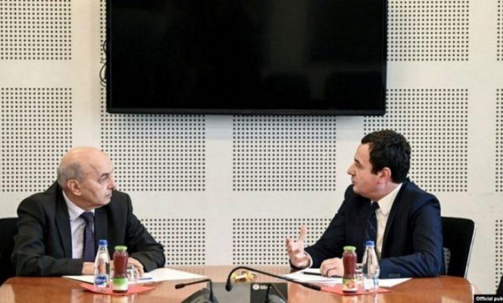"""Mustafa pyet VV-në: Cili është mesazhi i """"shallave të kuqe"""" dhe kush janë partnerët e """"Republikës së Tretë"""""""