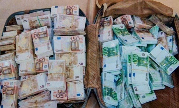 Gruaja e Statovcit mohon që paratë e gjetura janë të rryshfetit
