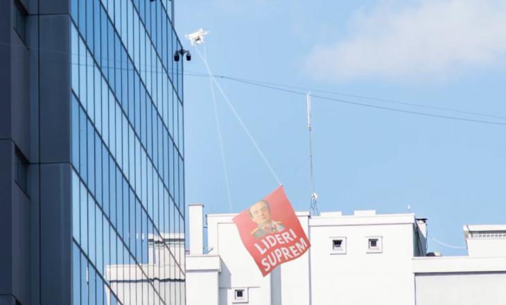 """Lideri Suprem"", PSD lëshon dronin derisa Kurti mban fjalim"