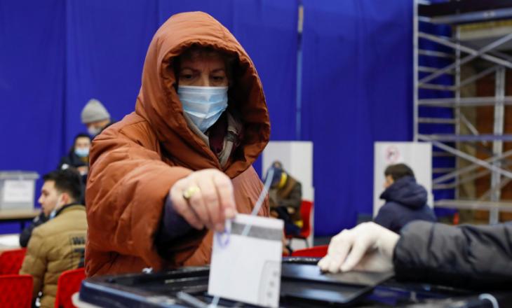 Reuters: Kosova voton në zgjedhje që mund të komplikojnë dialogun me Serbinë