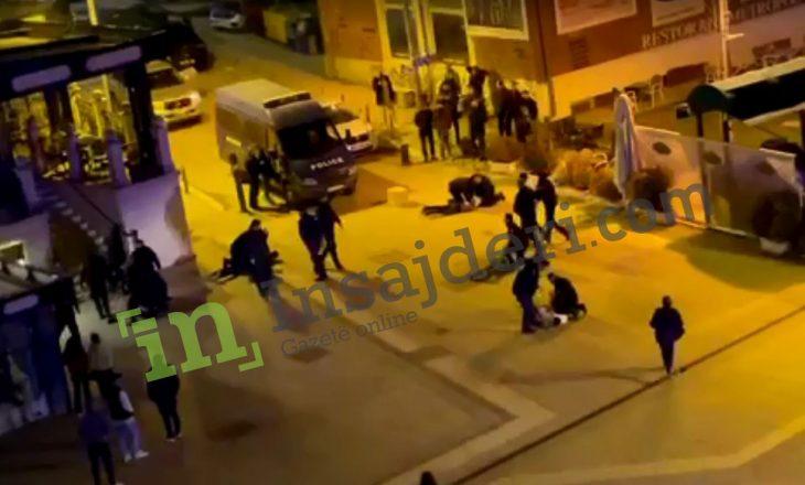 """(VIDEO EKSKLUZIVE) Arrestime në sheshin """"Nënë Tereza"""""""