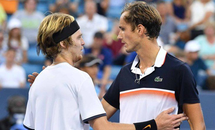 Australian Open: Medvedev mposht Rublev, kalon në gjysmëfinale ku e pret çiftin Tsitsipas – Nadal