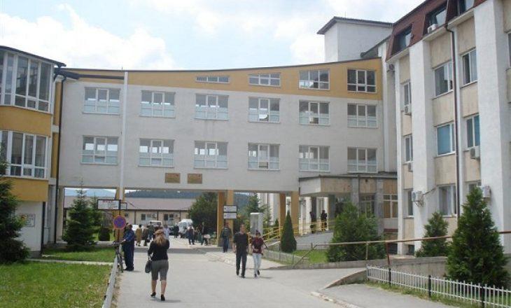 Tentoi të vetëvritet me medikamente, dërgohet në gjendje të rëndë në Spitalin e Gjakovës