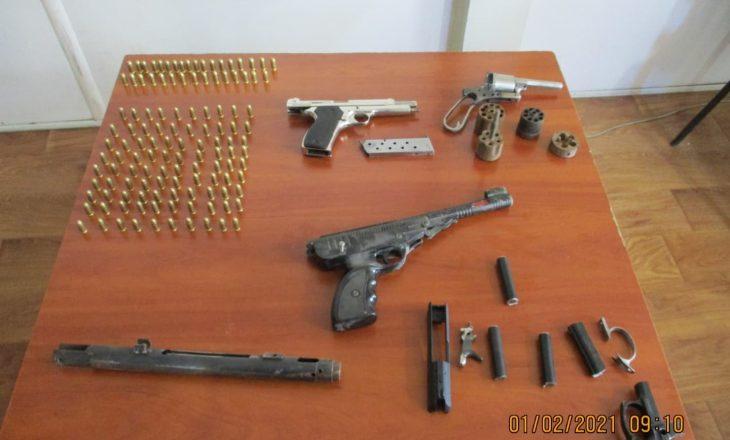 Aksion i Policisë: Sekustrohen armë zjarri e substanca narkotike