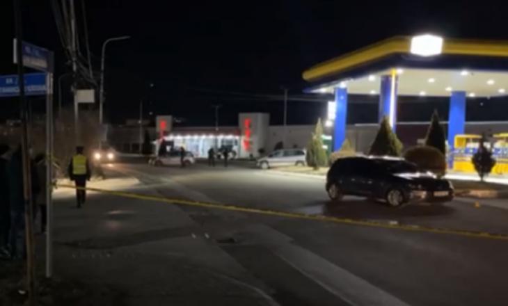 Vritet një 23-vjeçar dhe plagosen dy të tjerë në Mitrovicë