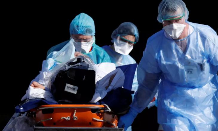 COVID-19: Spitalet në Francë mbigarkohen