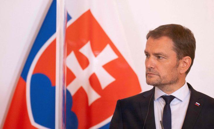 Jep dorëheqje kryeministri sllovak shkaku i vaksinës ruse Sputnik V