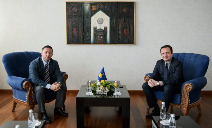 Kurti takohet me Mehajn – flasin për zhvillimin e Ministrisë së Mbrojtjes