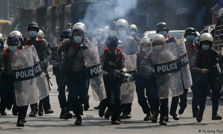 Policët refuzojnë t'u binden urdhrave të juntës ushtarake në Mianmar