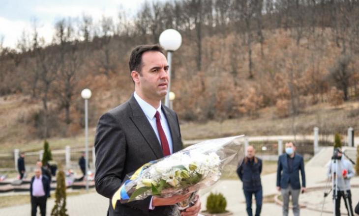 Konjufca për masakrën në Izbicë: Duhet të mbahet përgjegjës shteti serb