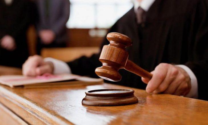 Ish-shefi i kabinetit të Gazmend Muhaxherit dhe 4 të tjerë dënohen me burgim për keqpërdorim të pozitës