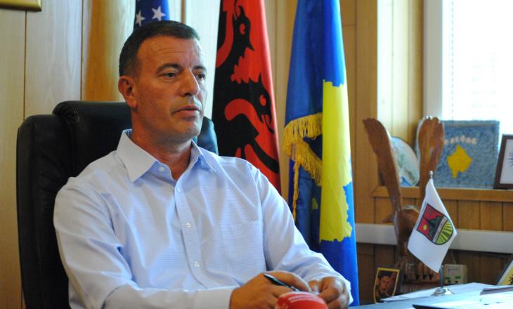 Xhafer Gashi tregon arsyet e dorëheqjes nga AAK-ja