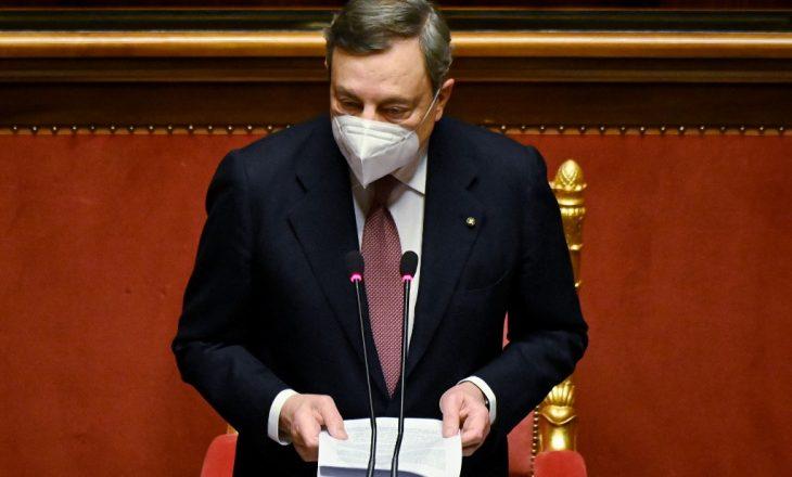 Kryeministri italian Draghi vaksinohet me AstraZeneca