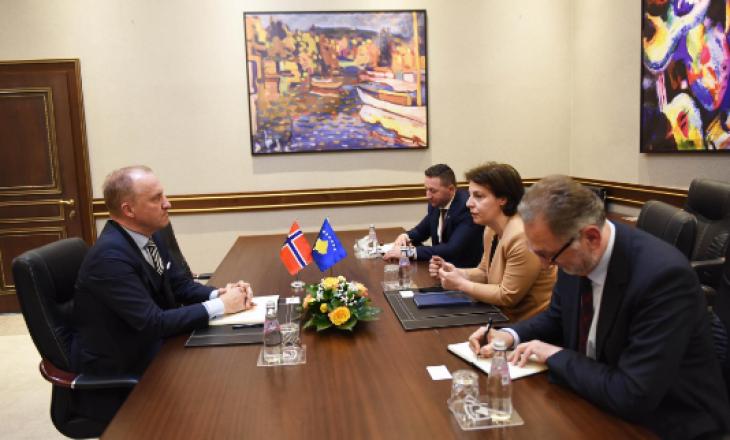 Gërvalla dhe Mehaj takohen me ambasadorin norvegjez Grondahl