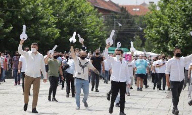 Gastronomët paralajmërojnë protestë nëse Qeveria ashpërson masat anti-COVID