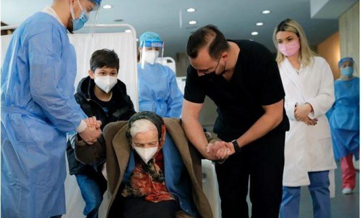 104-vjecarja thotë se kjo është e vetmja mënyrë për t'i dhënë fund pandemisë