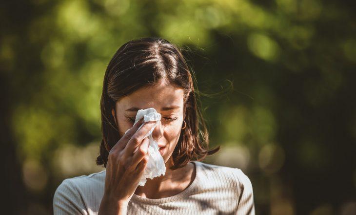 Po vuani nga COVID-19 apo alergjitë sezonale?