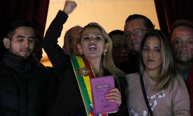 Ish-presidentja e Bolivisë Jeanine Anez u arrestua gjatë të shtunës