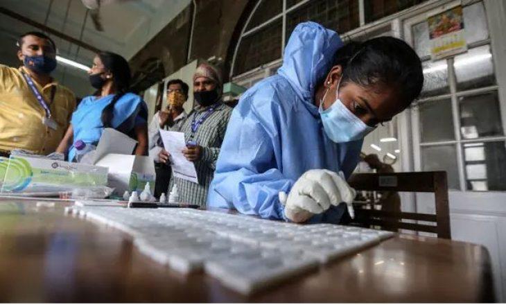 """Varianti i ri i Coronavirus-it, i përshkruar si """"mutant i dyfishtë"""" raportohet në Indi"""