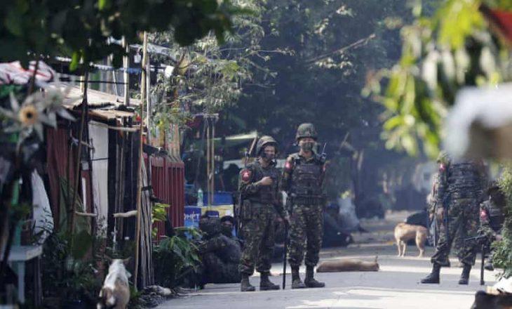 Nga bastisjet e forcave të sigurisë në Mianmar, gjashtë persona kanë humbur jetën