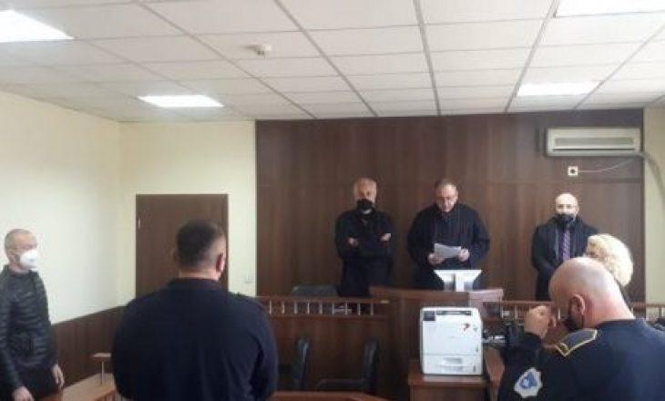 Dënohet me 1 vit e 8 muaj burgim efektiv i akuzuari për plagosjen e nipit të Ramush Haradinaj