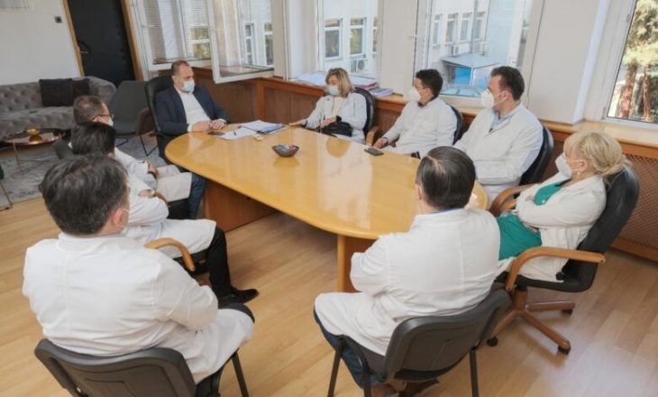 Rëndohet gjendja në spitalet e Maqedonisë së Veriut