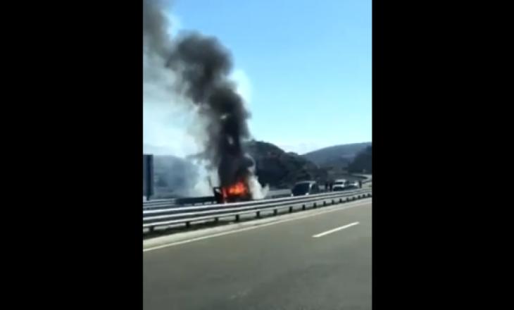 Kompania e sigurimit deklarohet pas djegies së automjetit ku kishte para të gatshme
