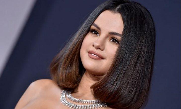 Çfarë kuptimi ka tatuazhi i ri i Selena Gomez?