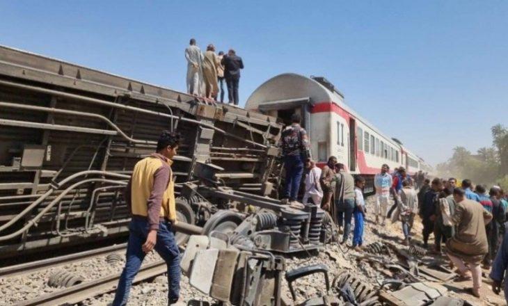 Egjipt: Dhjetëra të plagosur pasi treni doli nga shinat afër Kajros