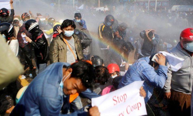 Shkon në 714 numri viktimave në protestat në Mianmar që kanë shpërthyer pas grushtit të shtetit