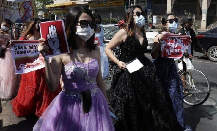 Gratë e Mianmarit: Vendi ynë është në revolucion