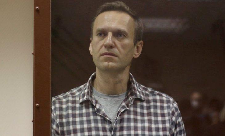 Përkeqësohet gjendja e Navalnyt, humbë ndjesinë në këmbë dhe duar