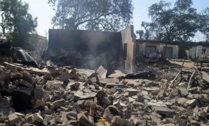 Së paku 20 fëmijë kanë humbur jetën pasi një shkollë në Nigeri u përfshi nga zjarri